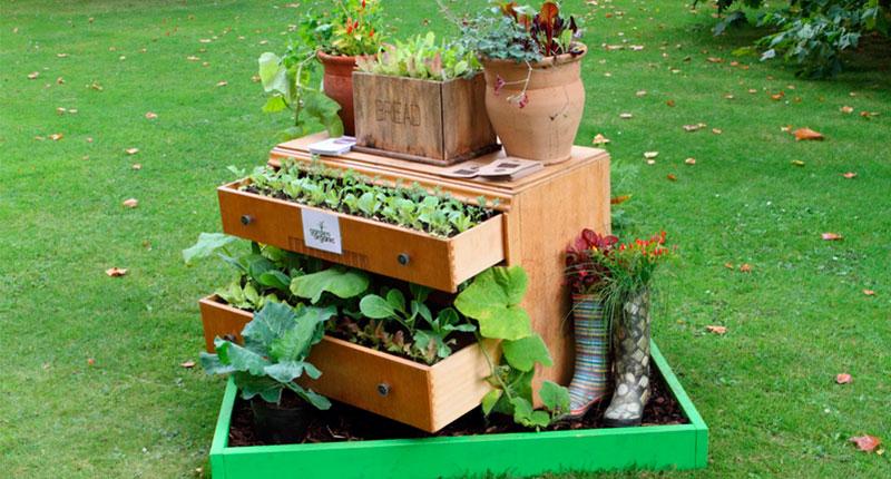 7-trucos-embellecer-jardin-reciclando-3